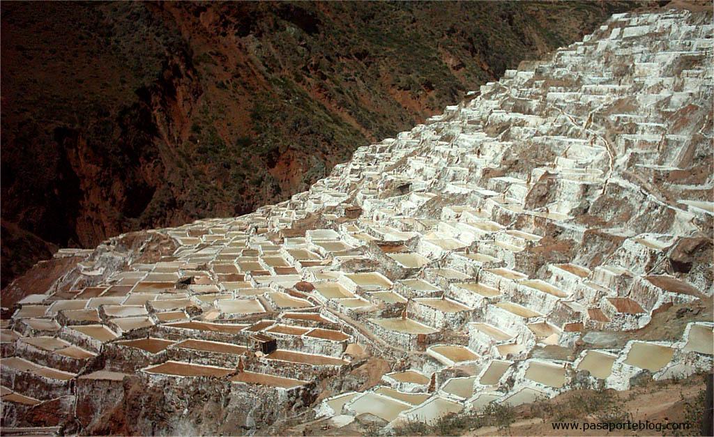 Mines de Sal de Maras, Perú. Salineres