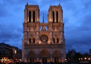 Catedral notre dame paris façana, al capvespre