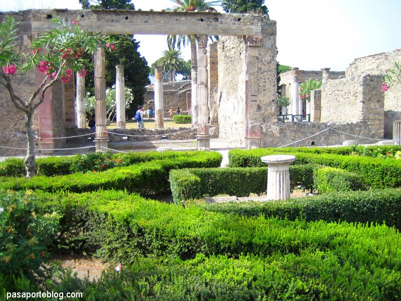 Pompeia, jardins de cases romanes